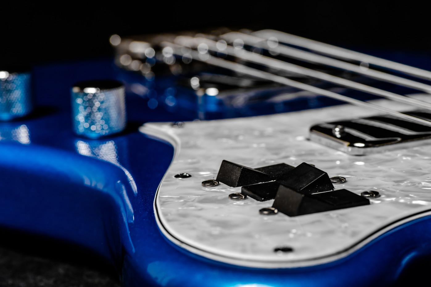 Aviator Bass in Sonic Blue Metallic