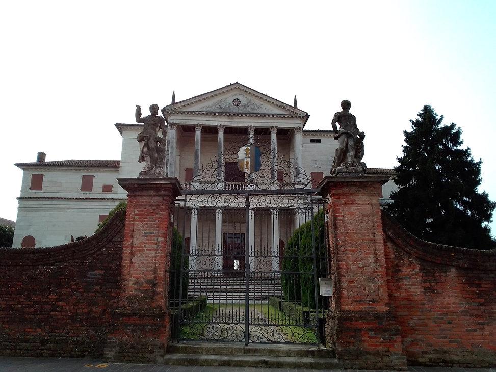 VILLA CORNARO (2).jpg
