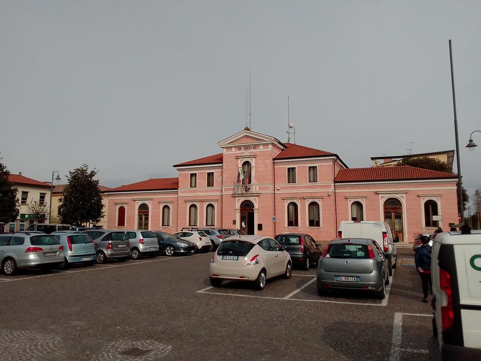IL MUNICIPIO DI PIOMBINO DESE.jpg
