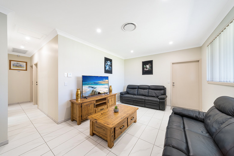 Marulan Stayz A Common Area Lounge