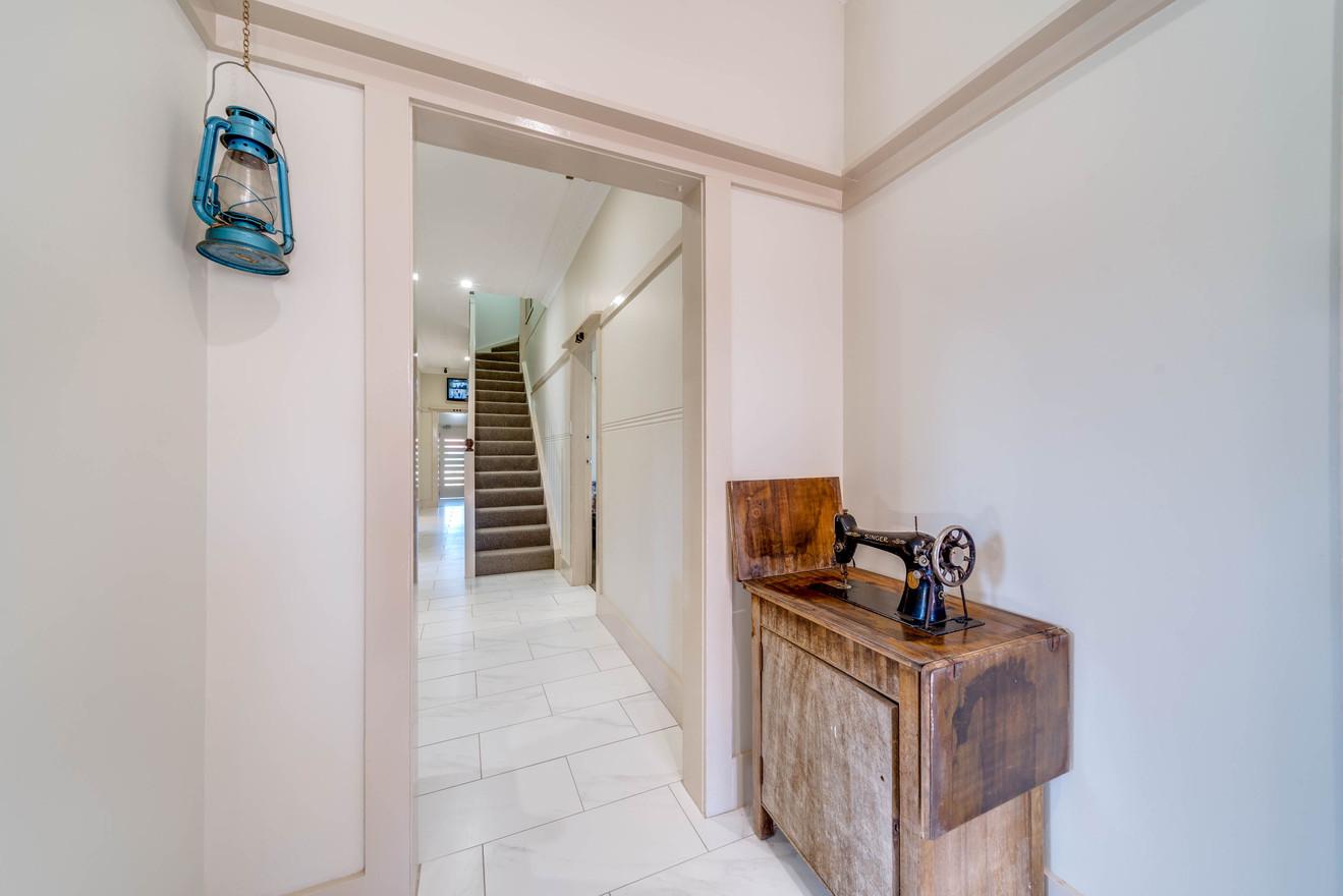 Marulan Stayz - Hallway