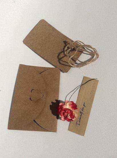 Enveloppe & Invitation fleur rouge blanche