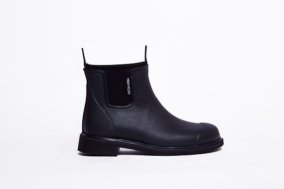 Bobbi Gumboot // Black & Black