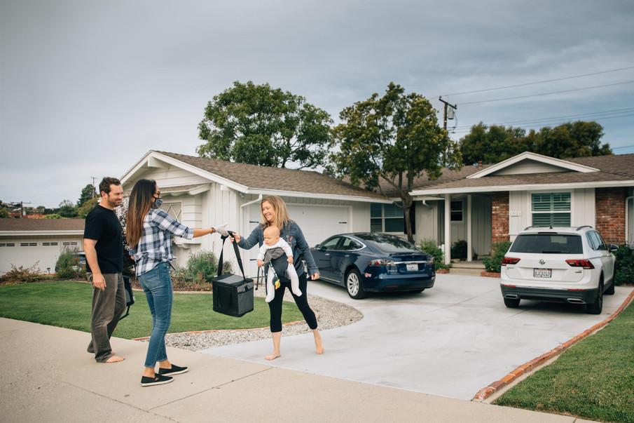 Dana delivering to home in Palos Verdes