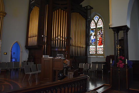 An image of the organ at St. Lawrence.