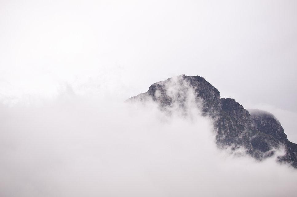nuvoloso Nebbia