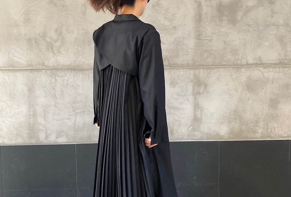 PLEATED TRENCH COAT (Recommended Item!)