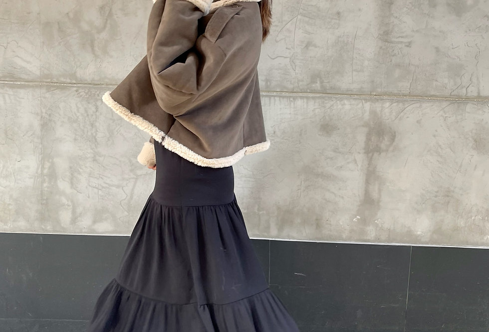 A LINED MIDI SKIRT