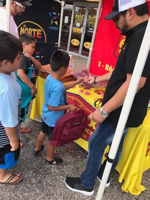 Kids-Backpacks-Free School supplies5
