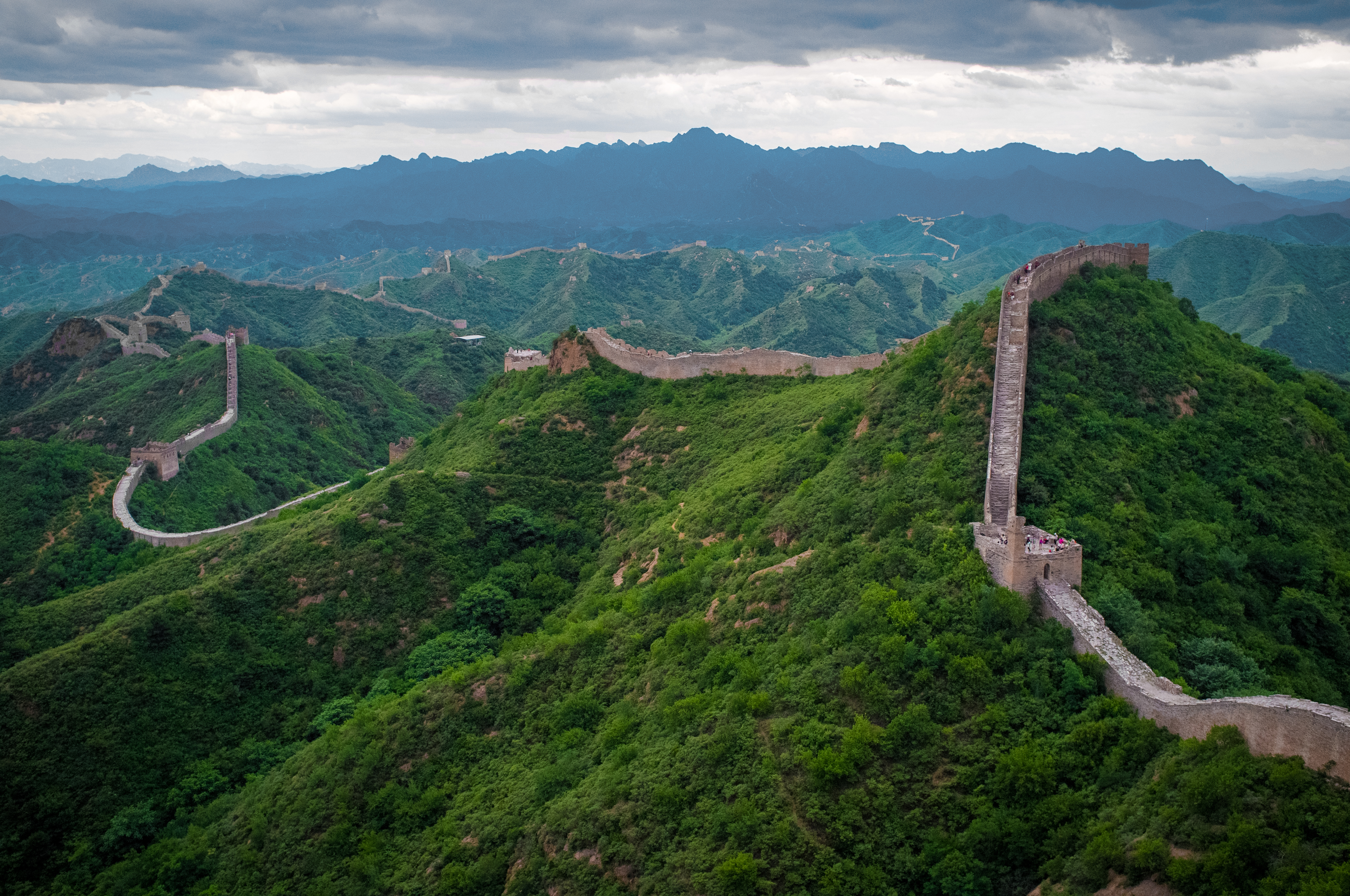The_Great_Wall_of_China_at_Jinshanling-edit