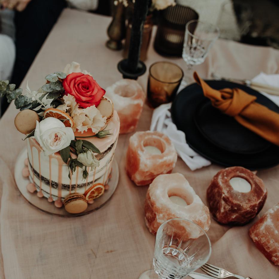 Photographer: Gail Secker / Florist: Sweetpeas & Peonies / Cake: Tsp Cake