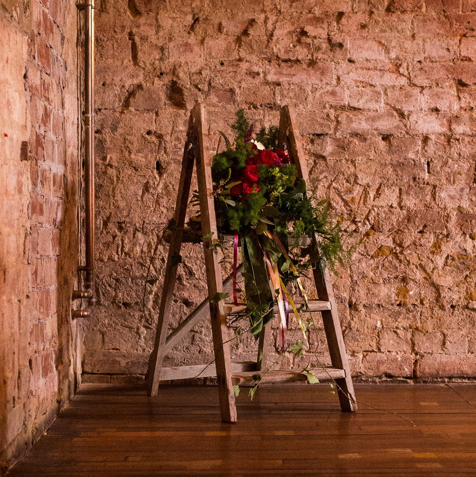 Photographer: Hannah Hall / Florist: Rockabilly Rose