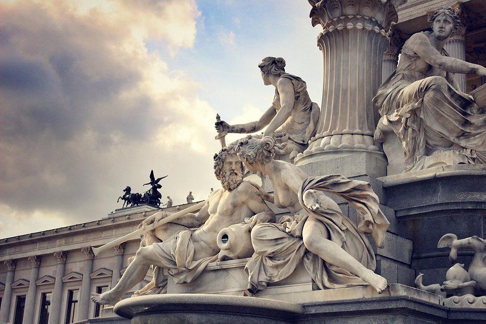 sculpture-1268288_1920.jpg