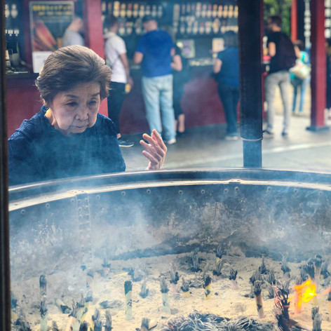 Smoke cleansing at Sensoji Temple in Japan. Photo by Gina Duncan