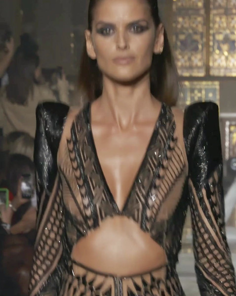 Izabel-IG-Runway.mp4