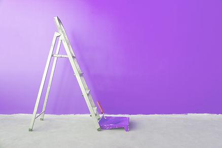 Purpurfärgad vägg