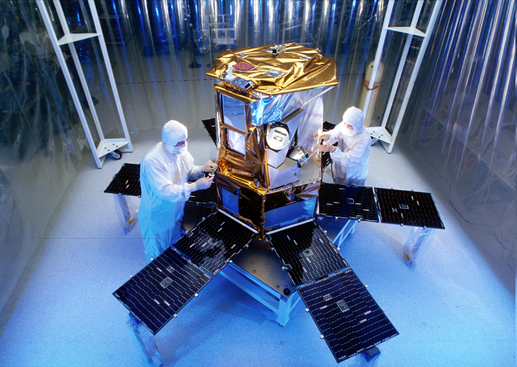 the_sorce_satellite_in_a_clean_room