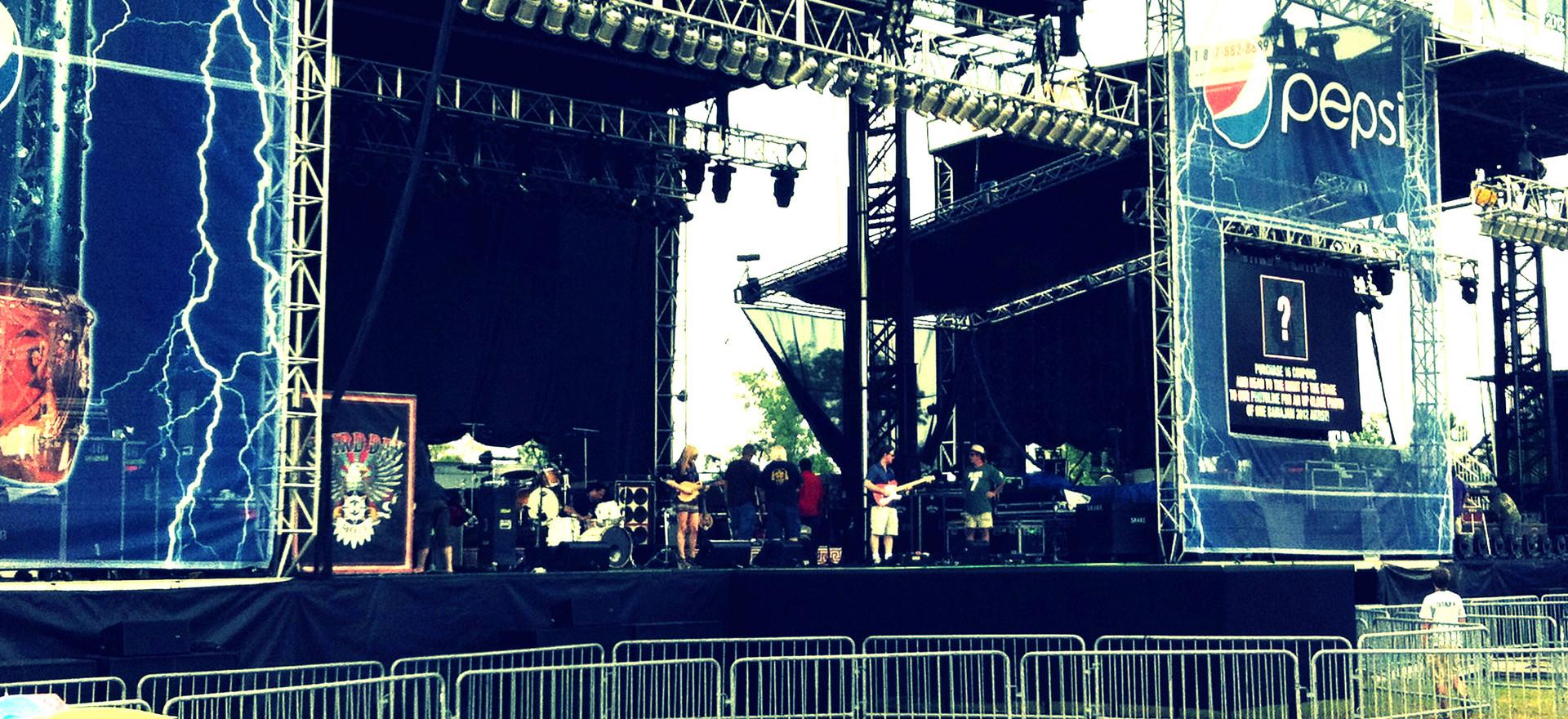 Herrick-Band-Festival.jpg