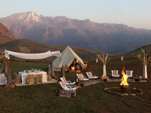 How to Bring Luxury and Comfort to Your Next Glamping Trip
