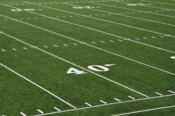 586928424-nfl-football-field-wallpaper.jpg