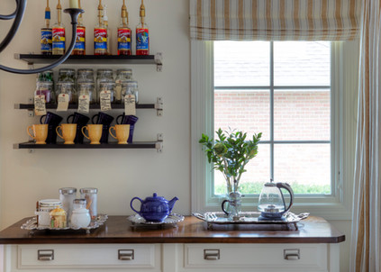 Bed and Breakfast-Inspired Transitional Kitchen
