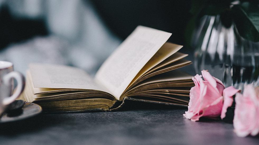 Book reading Roses Wallpaper.jpg
