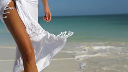 woman_walking_on_beach-30.jpg