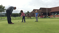 Lee Andrews giving a putting lesson at Mid-Sussex Golf Club
