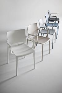 Cadeira Bakhita da Gaber