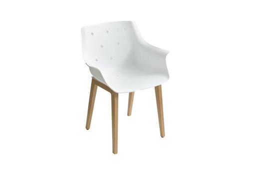 Cadeira More da Gaber com base de madeira