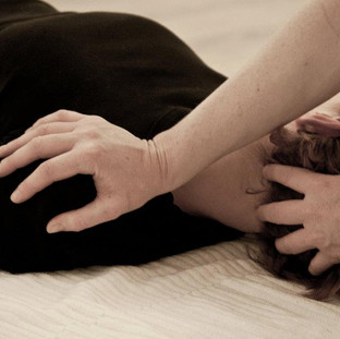 Shiatsu to relieve neck & shoulder tension