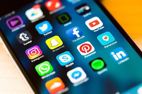 social-media-in-2017-enx2-marketing-300x200.jpg.jpg