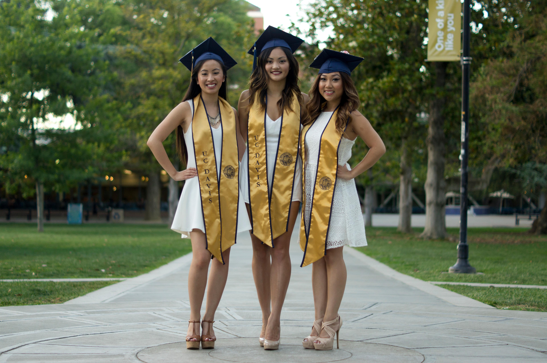 Grad Photos (3+ people)