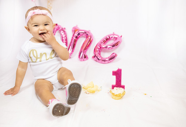 Savannah First Birthday Cake Smash