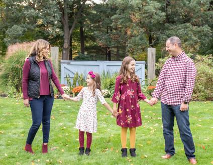 Correia Family Fall Mini Session at Endicott Park