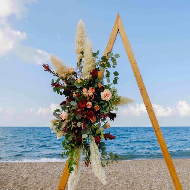 חופת משולש חתונה בקפריסין
