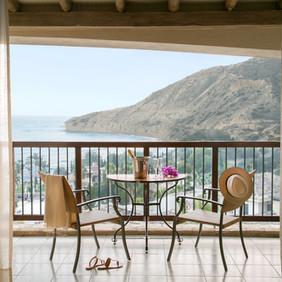 Eagles-Nest-Suite-Balcony.jpg