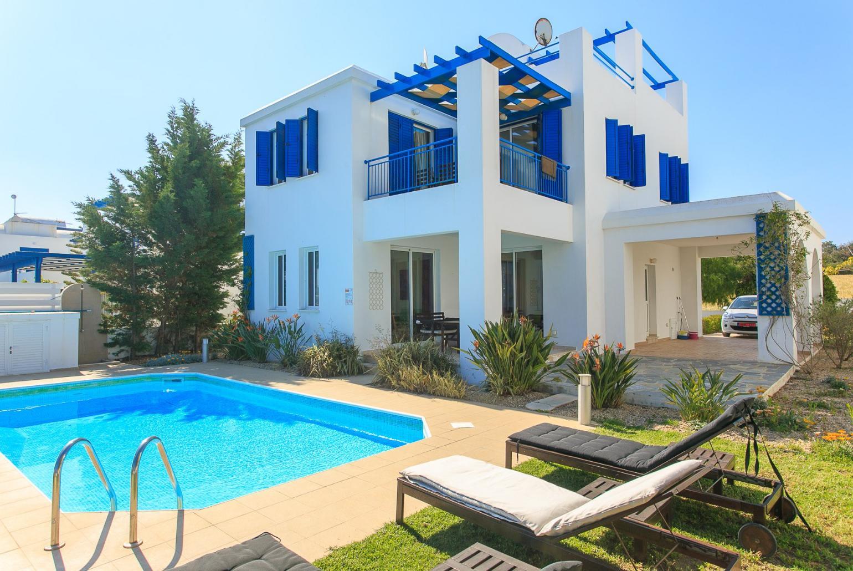 riviera-beach-front_33868_835843940