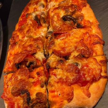 Pizza GOOD.jpg