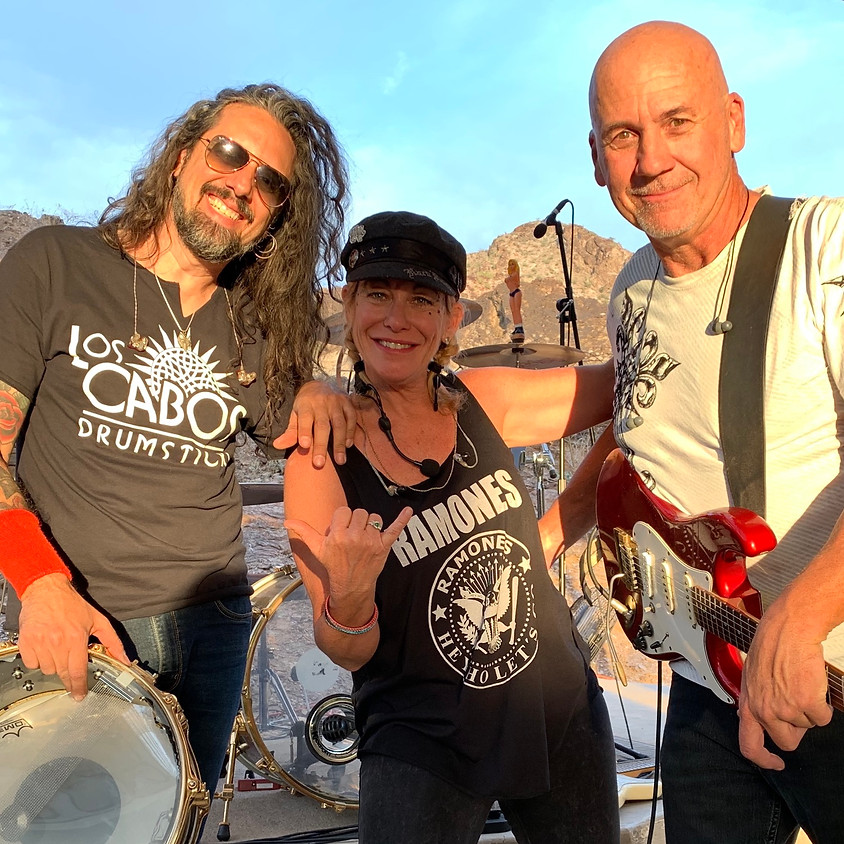 LIVE Concert! With Cassandra Long Band