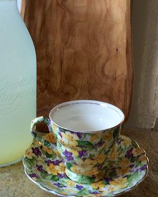 Retreat_hot water_lemonade_edited.jpg