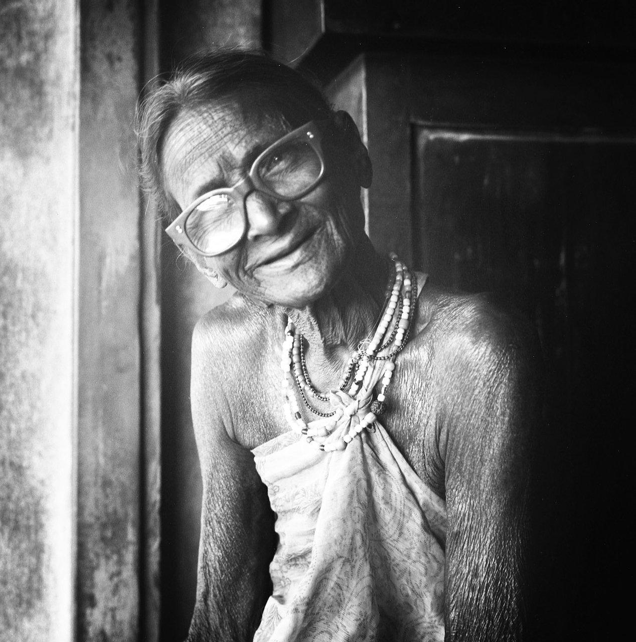 Old Woman, Gokarna