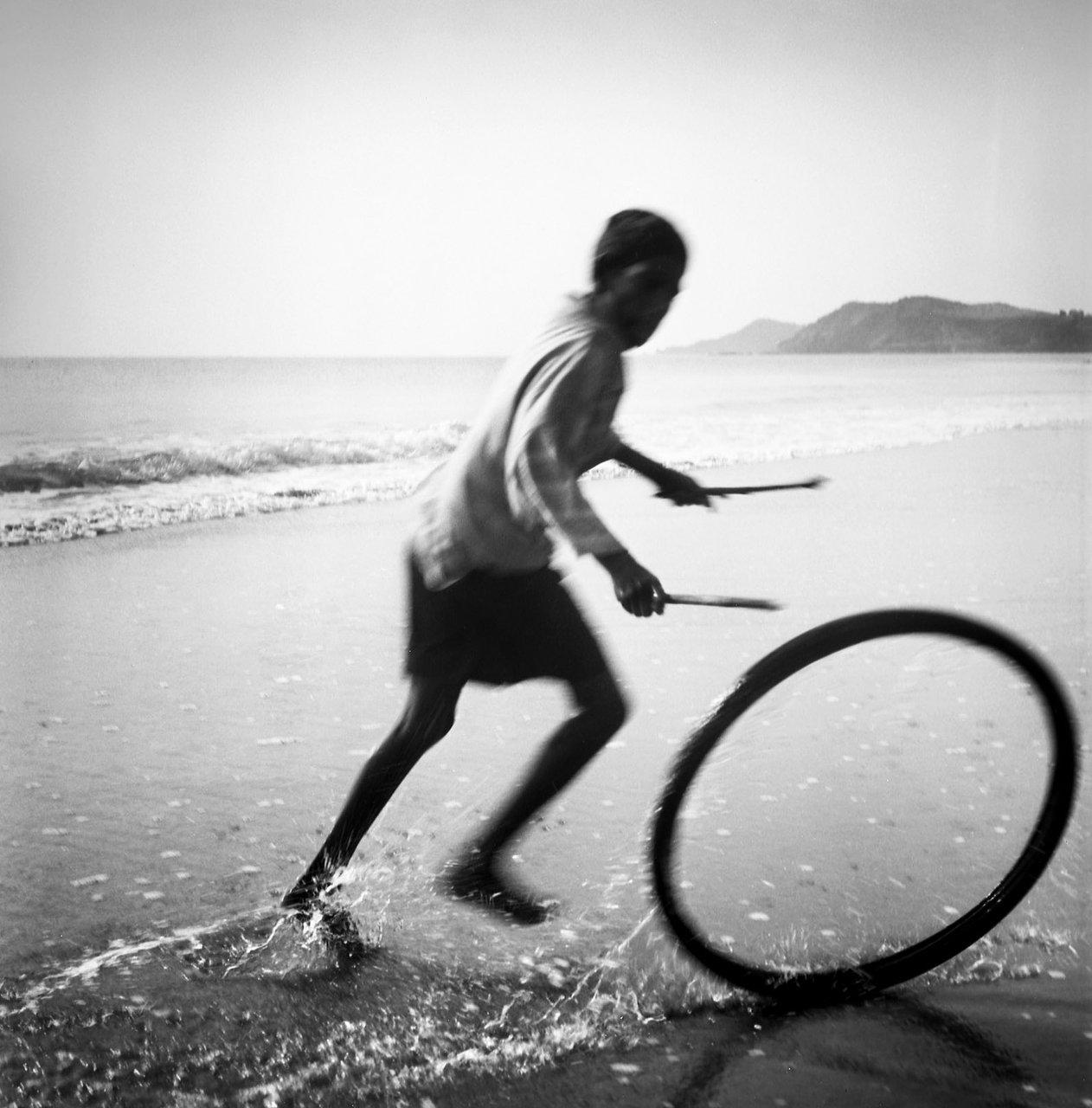 Boy playing, Gokarna