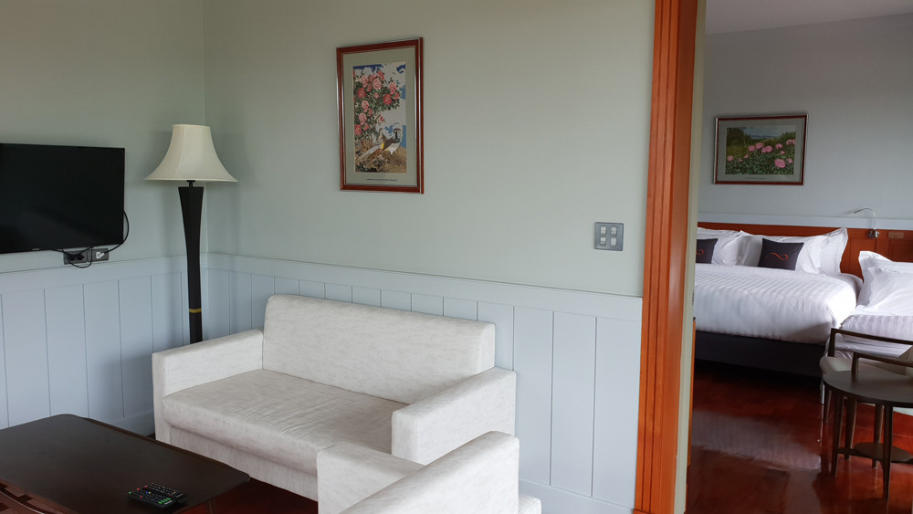 ห้องพักดีลักซ์ : ปลากาญจน์ รีสอร์ท ที่พักกาญจนบุรี