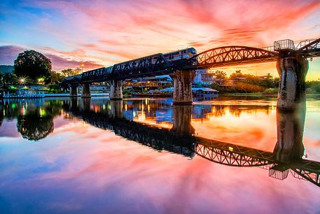 สะพานข้ามแม่น้ำแคว.jpg