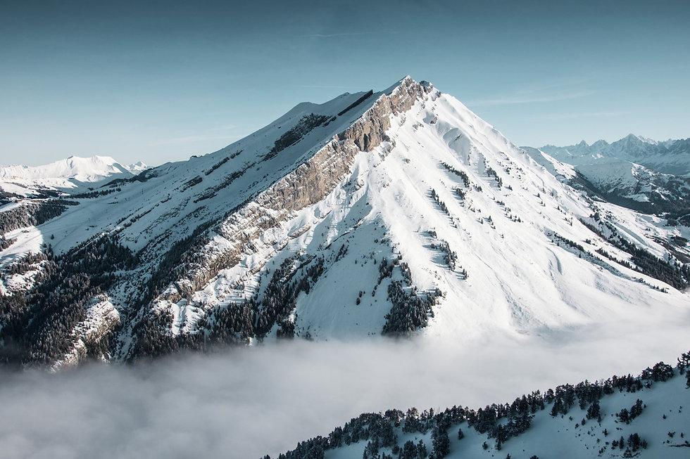la-clusaz-haute-savoie-helicoptere-alpes