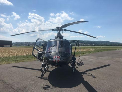 hélicoptère pour visite de réseau