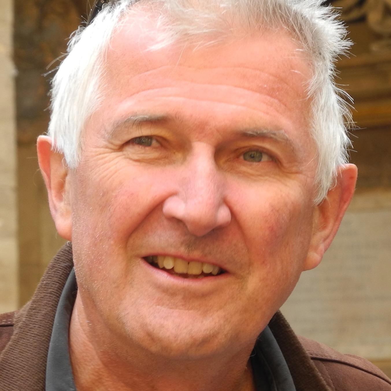 Dr. Matthias Rapp