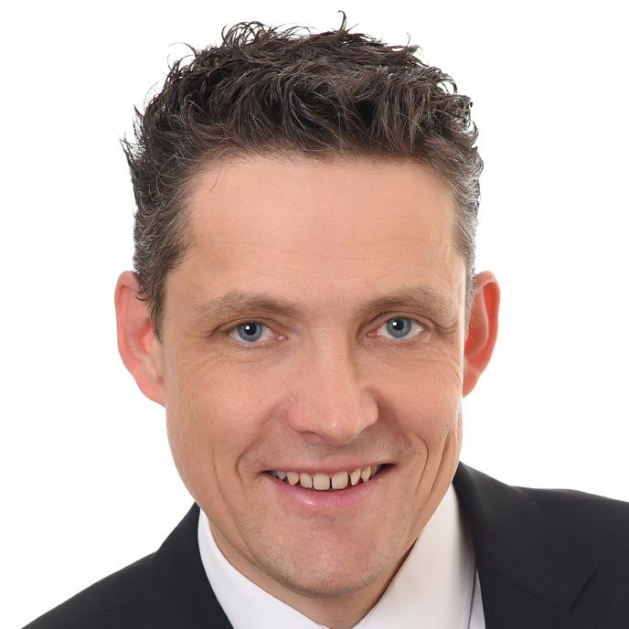Dr. Manuel Friesecke