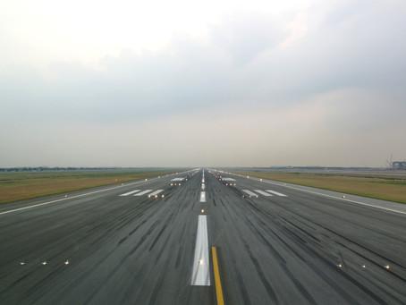 Atterrissages par le sud à l'EuroAirport en dessous de la limite